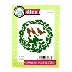 Holly Wreath Die Set