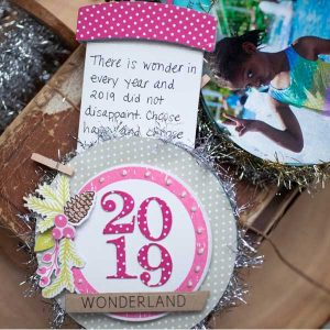 Ink To Paper Go-To Gift Card Holder: Snow Globe Die class=